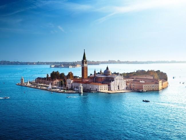 Sobor-San-Dzhordzho-Madzhore-Venetsiya-Italiya