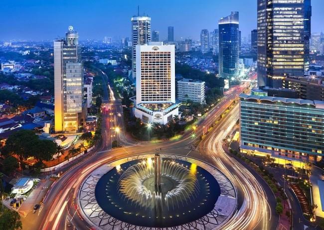 Джакарта – известный город контрастов