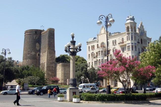 Баку – город огней и нефти