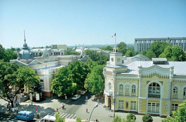 Кишинев – зеленый город на семи холмах