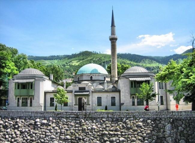 Сараево – город среди гор