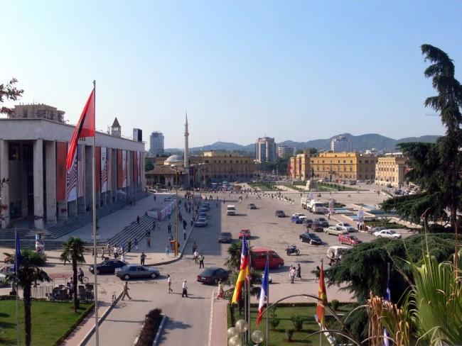 Тирана – столица «страны горных орлов»