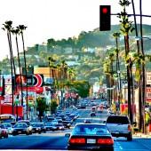 Лос-Анджелес – родина Микки Мауса и Барби